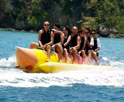 Banana boat for families