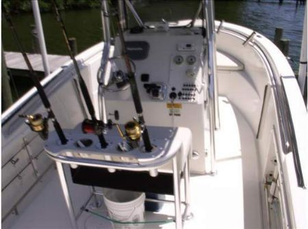 Saltwater 225 CC: Fishing - Center Consoles - Ref. 24653